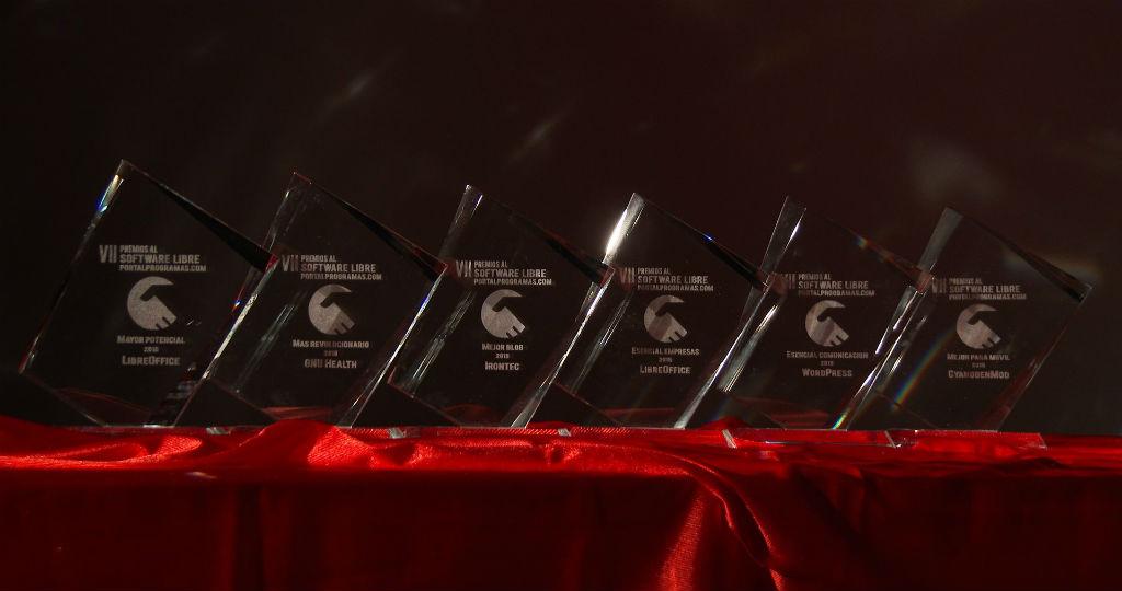 ¡Los trofeos que se han entregado a los ganadores de la edición 2015!