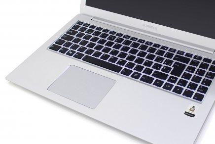 """Slimbook hace un """"apt upgrade excalibur"""" actualizando su modelo más prestigioso antes del Blackfriday"""