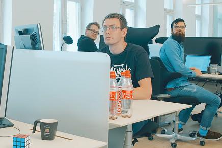 La misteriosa vida de los desarrolladores (#offtopic) + Bonus